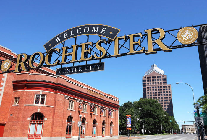 Rochester welcome sign