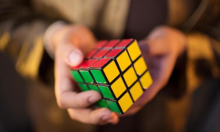 LSAT Logic Games - Rubiks Cube